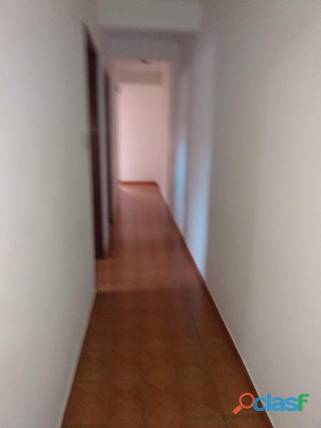 Apartamento pra alugar, em poços de Caldas de 2 quartos ,direto com próprietario 3