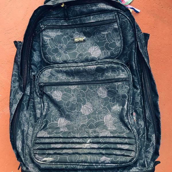 Mala de viagem tipo mochila com rodinhas