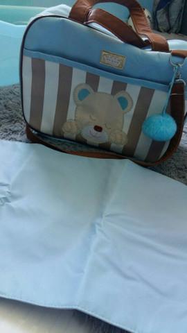 Bolsas de bebê com trocadores e banheira