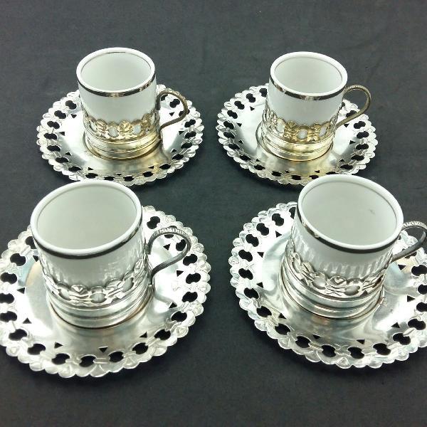 Conjunto 4 xícaras de café porcelana vera cruz e prata
