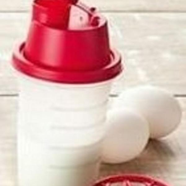 Tupperware mini quick shake 250 ml medidas em relevo nao sai