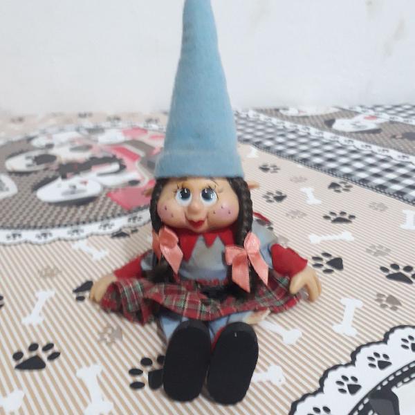 Boneca gnomo porcelana folk