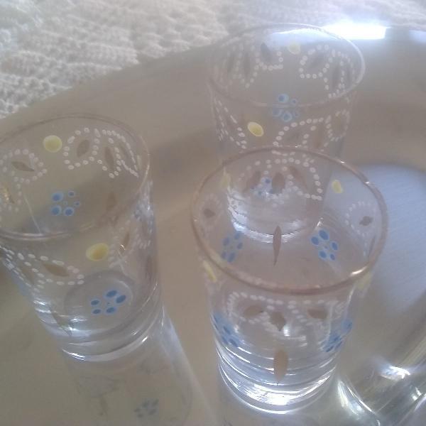 Conjunto de mini copos