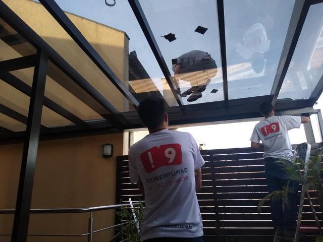Instalar de cobertura de vidro