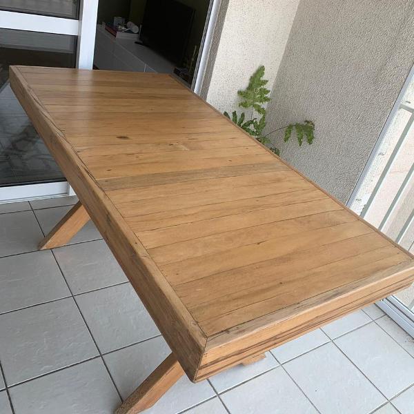 Mesa de jantar - madeira maciça peroba rosa - casa cenário