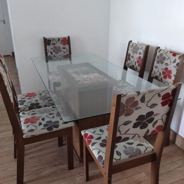 Mesa de vidro com 6 cadeiras - floral