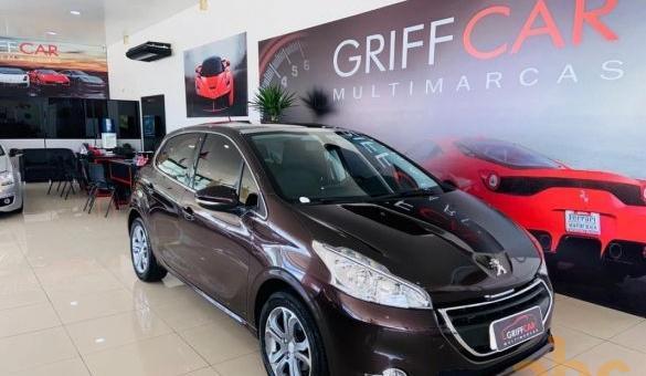 Peugeot - 208 griffe 1.6 automático