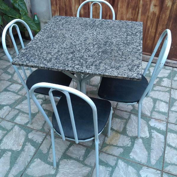 Mesa 4 cadeiras mármore
