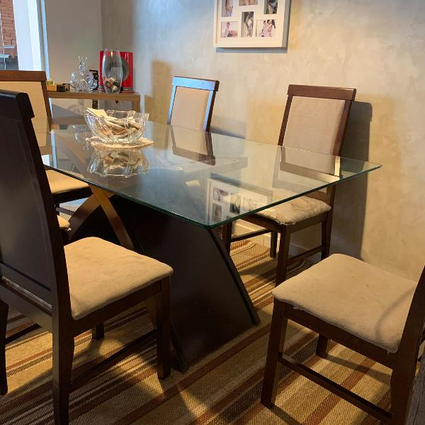 Mesa de madeira com tampo de vidro 6 lugares