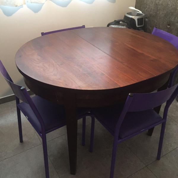 Mesa oval madeira extensível