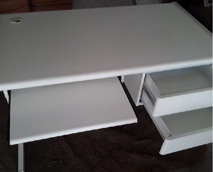Mesa para escritorio branca