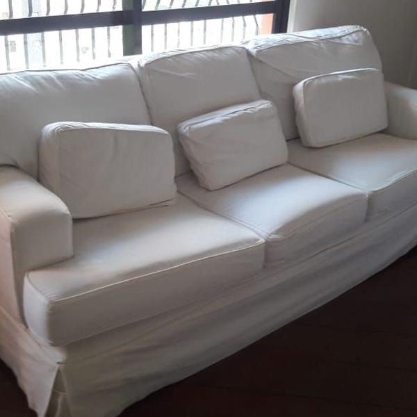 Sofá de camurça (com capa sob medida)