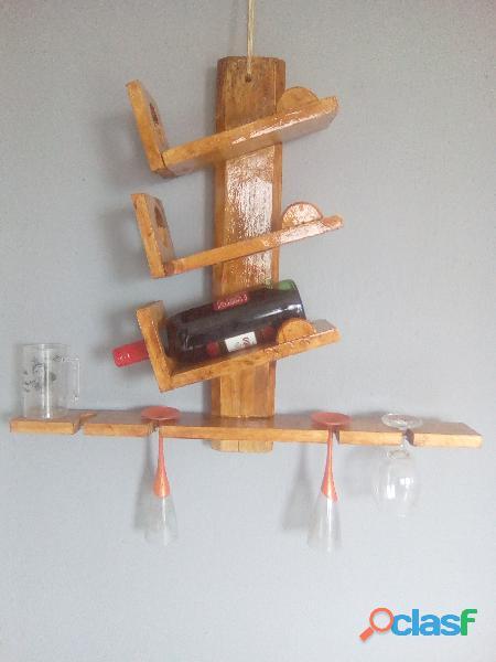 Porta taças em madeira
