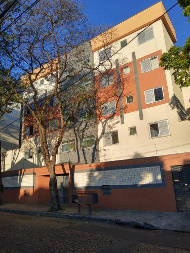 Apartamento de dois quartos em bairro santa branca