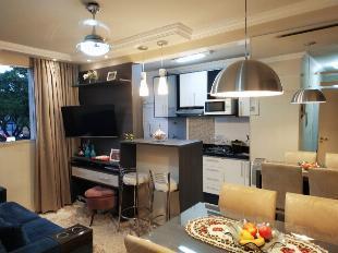 Apartamento mobiliado à venda com 2 quartos próximo à av.