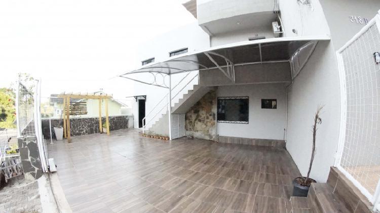 Apartamentos com ótimo acabamento e localização (próximo