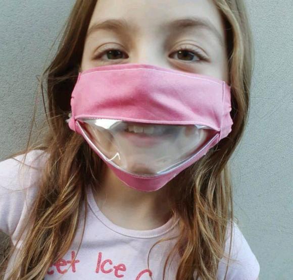 Infantil - máscara com visor labial