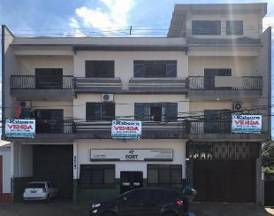 Vende apartamento no primeiro pavimento da sobreloja, rua