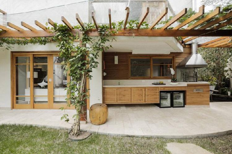 Casa moderna na barra do sahy em condomínio fechado á