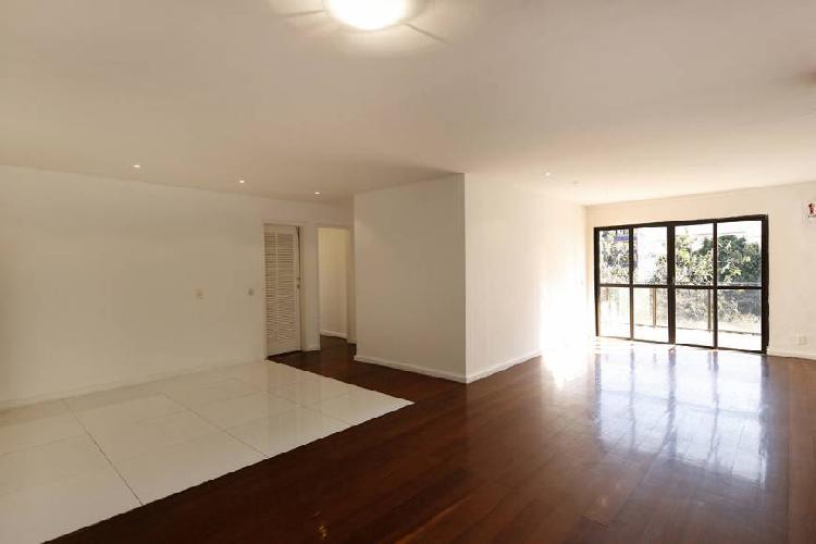 Cobertura duplex, 4 quartos, 3 suítes, 2 vagas, vista livre