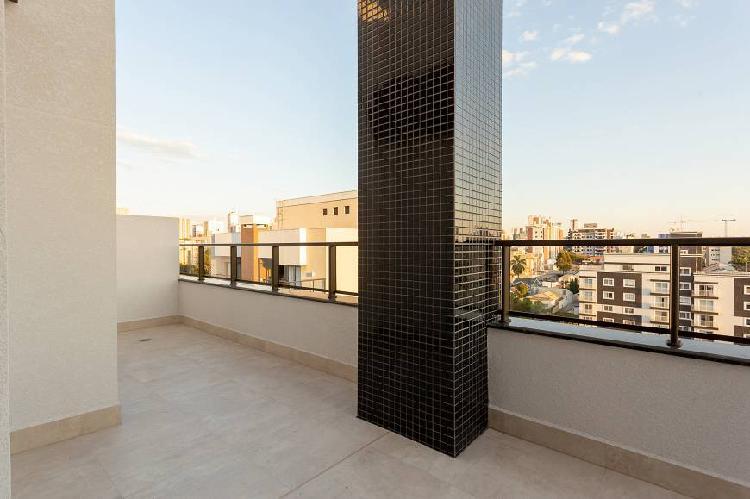 Cobertura para venda tem 135 metros quadrados com 3 quartos