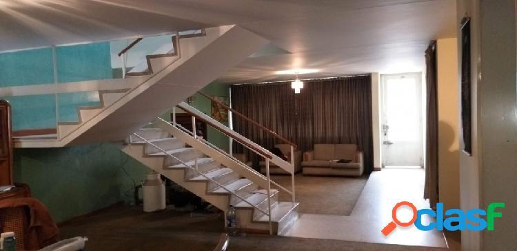 Vendo amplia casa en normandia vivienda u oficinas primer sector