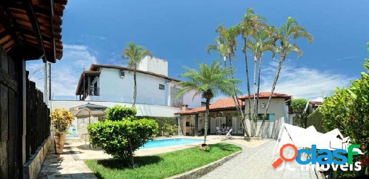 Casa com 3 dormitórios, 147 m², jardim britânia - caraguatatuba/sp