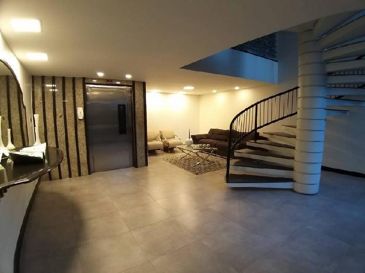 Apartamento reformado 150m² com 3 quartos, 1 suíte e