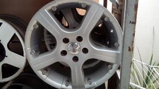 Roda aro 17 - esportiva - 5x110 - gm - vectra - zafira -