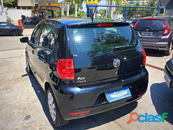 Volkswagen fox 1.6 mi total flex 8v 5p preto 2012 1.6 8v flex