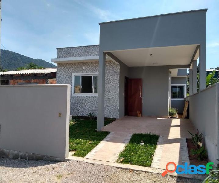 Ótima casa à venda 2 quartos 1 suíte c/ terraço c/ vista p/ mar no muquém.