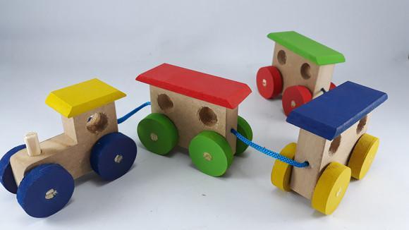 Trenzinho trem brinquedo em madeira brinquedoteca