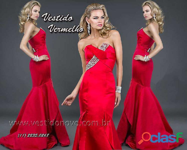 Vestido vermelho, sereia, em cetim importado