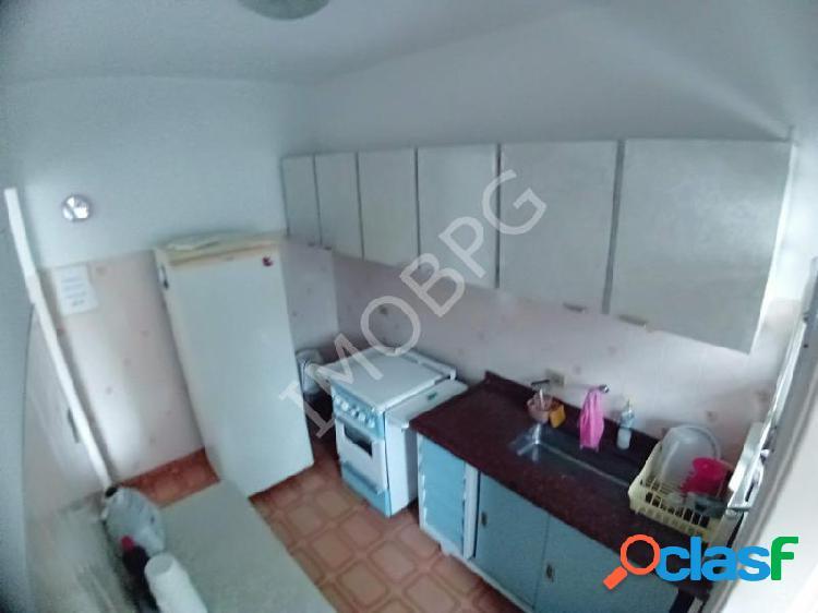 Ed. Stela - Apartamento com 2 dorms em Praia Grande - Guilhermina por 185.000,00 à venda