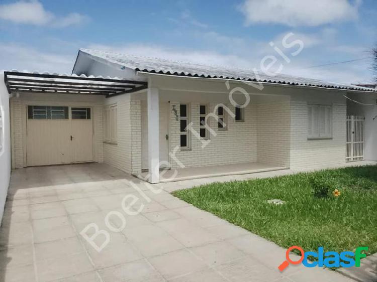 Casa com 3 dorms em capão da canoa - centro por 249.9 mil à venda