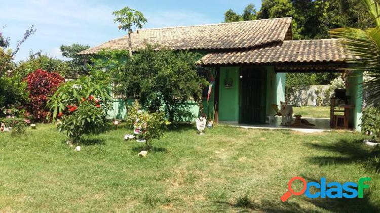 Casa com 2 dorms em maricá - bambui por 235 mil à venda