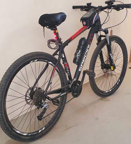Bicicleta aro 29, tamanho 19/