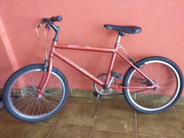 Bicicleta usada bom estado