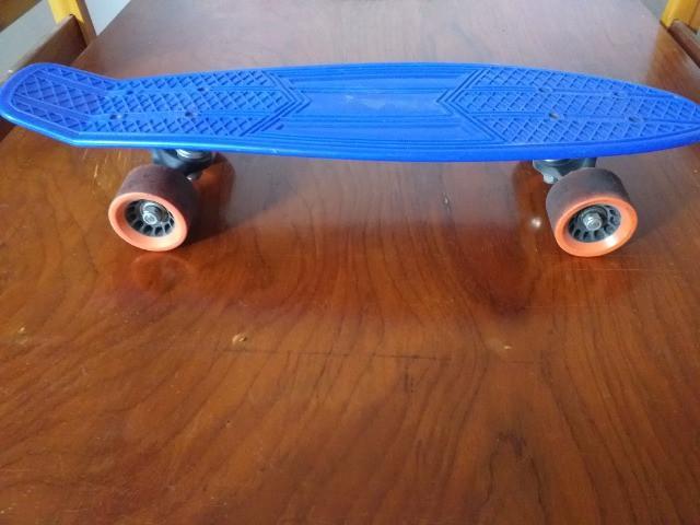 Cruiser azul (mini longboard)
