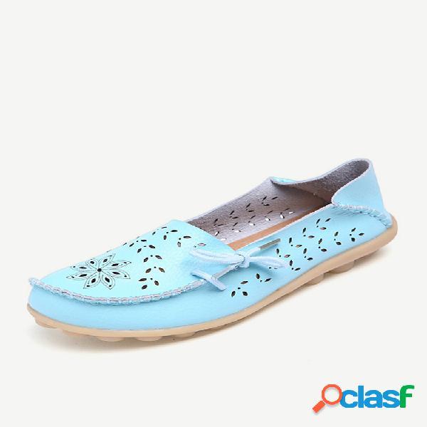 Tamanho grande de couro respirável macio confortável oco out floral rendas sapatos baixos