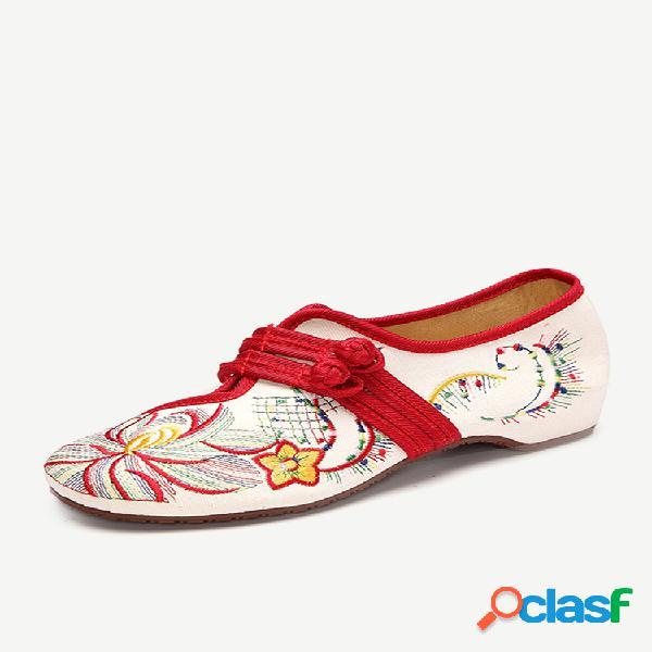 Tamanho grande sapatos com bordados de flor nó chinês sapatos planos retro