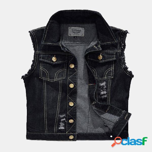 Colete jeans desgastado com buraco rasgado e bolsos pretos para homens