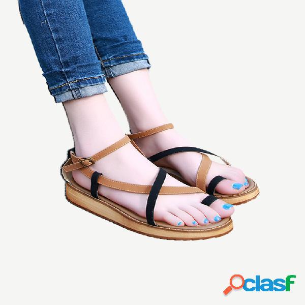 Sandálias planas femininas de tamanho grande soft praia sandálias planas de microfibra com clipe cruzado