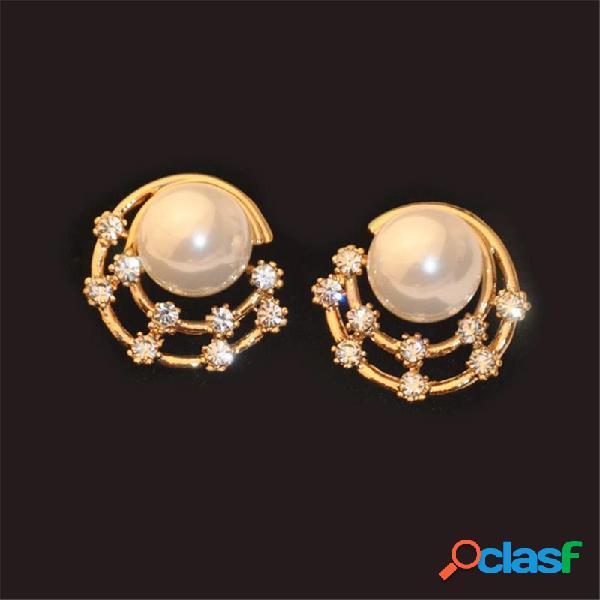 Doce orelha brincos céu estrelado strass lua em forma de rodada brincos do parafuso prisioneiro de jóias bonito para as mulheres