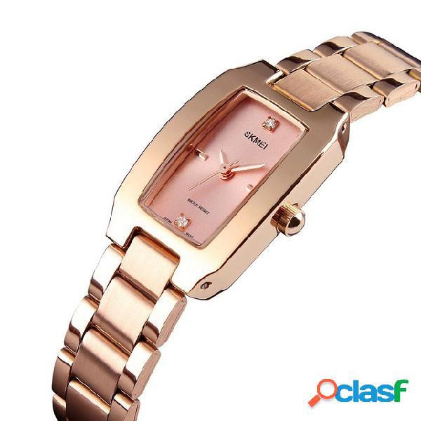 Moda estilo casual relógio mulheres strass aço inoxidável relógio de quartzo impermeável