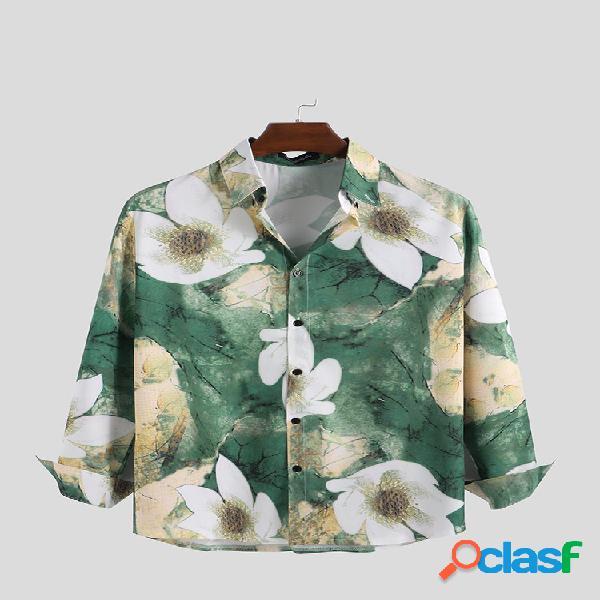 Camisas de manga comprida com estampa floral de tinta masculina com gola virada para baixo