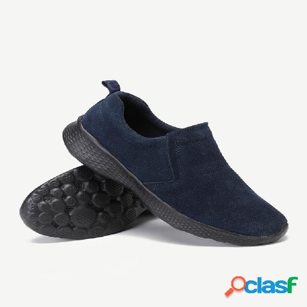 Camurça leve deslize em sapatos baixos casuais de caminhada