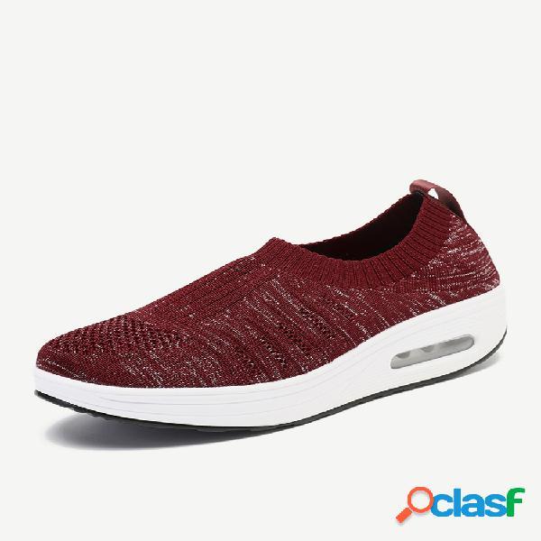 Sapatos de plataforma de tamanho grande em malha externa respirável resistente ao deslizamento e sola de balanço