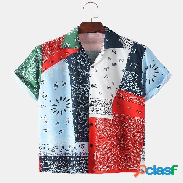 Mangas curtas com estampa de bandana étnica masculina relaxada camisa