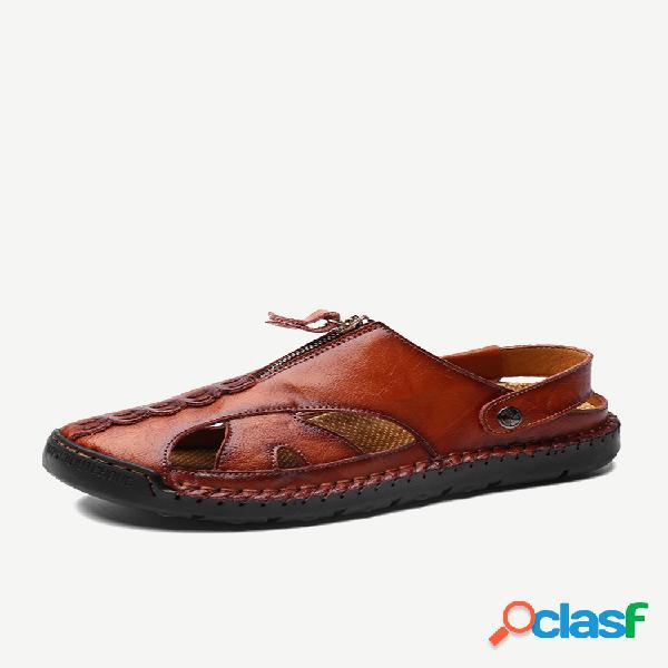 Sandálias masculinas de couro fechado com costura à mão e buraco externo